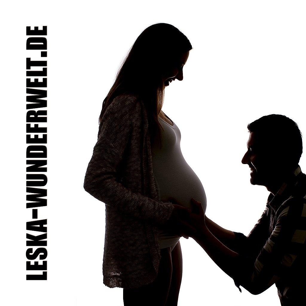 Leska-Wunderwelt-Fotografin-Wuerzburg-Marktbreit-Fotoshooting-Fotostudio-Baby-Babybauch-Mama-Papa-Paar-Liebe-Zweisamkeit-Portrait-123.jpg