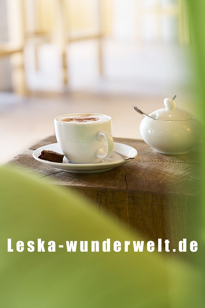 Leska-Wunderwelt-Fotografin-Wuerzburg-Fotoshooting-Interieur-Raum-Gebaeude-Gewerbe-Wand-Zimmer-Zuhause-Wohlgefuehl-Fenster-Aussicht-Schloss-Schlosshotelsteinburg-Steinburg-Hotel-Bad-Schlafzimmer-Hotelzimmer-39.jpg